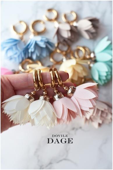 """Earrings """"Cream Bloom"""" 2"""
