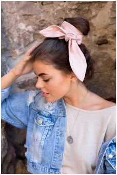 """Gabrielle"" headscarf"